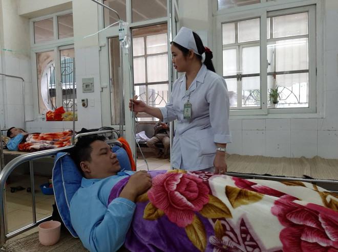 Phút sinh tử của nạn nhân may mắn thoát chết trong vụ cháy tòa nhà dầu khí Thanh Hóa - 1