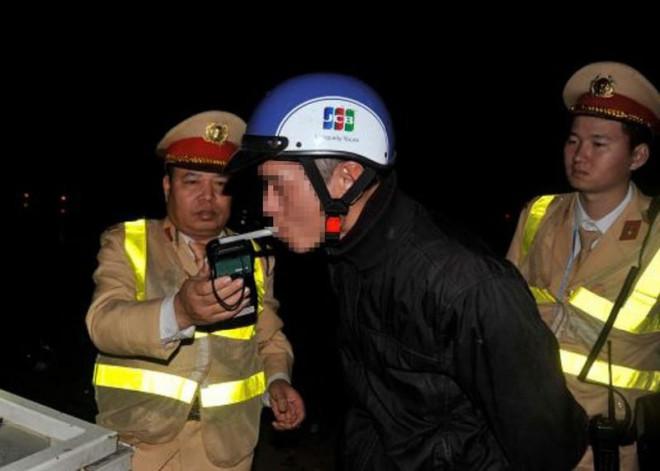 Thủ tướng: Không có vùng cấm trong việc xử lý nồng độ cồn - 1