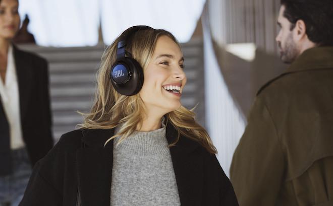 JBL trình làng loạt tai nghe thông minh tại CES 2020 - 1