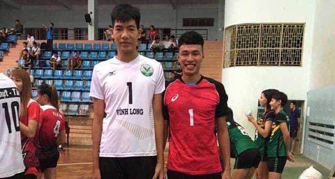 Cầu thủ bóng chuyền Việt Nam cao 2m10 gây xôn xao: Giơ tay cao hơn lưới - 1