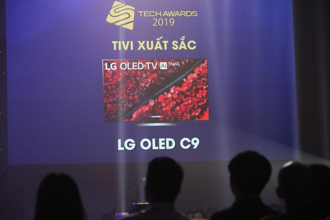 Giá 45 triệu, TV LG OLED C9 đáng giá từng đồng - 1