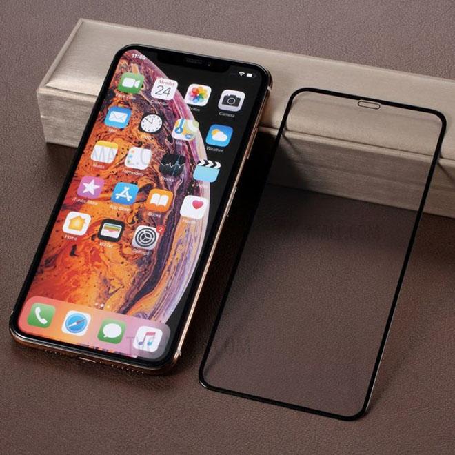 Mua iPhone mới, dán màn hình bằng film hay kính cường lực? - 1