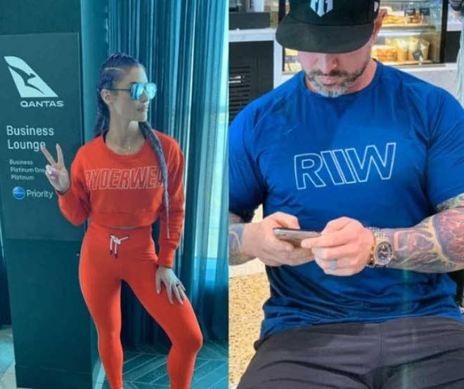 """Kiều nữ WWE mặc bốc lửa """"có như không"""": Gặp cảnh ái ngại ở sân bay - 1"""