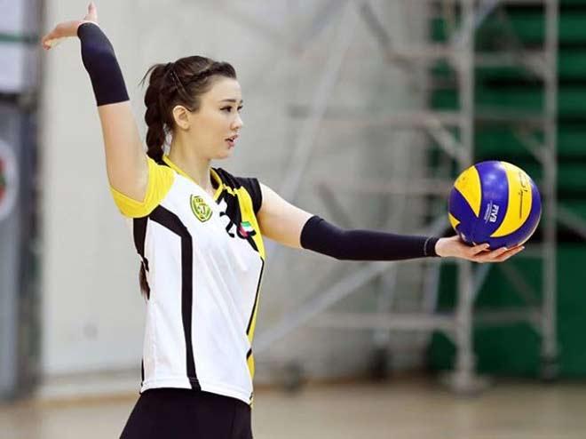 Nữ thần bóng chuyền đẹp nhất thế giới: Ra quân đại thắng ở chân trời mới - 1