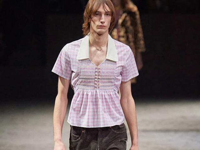 Gucci: Canh bạc liều lĩnh từ việc cho đàn ông mặc váy