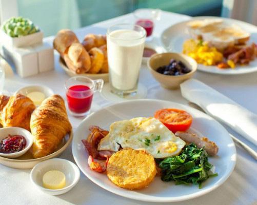 Ngày Tết nếu ăn sáng theo cách này bạn sẽ tăng cân vù vù - 5