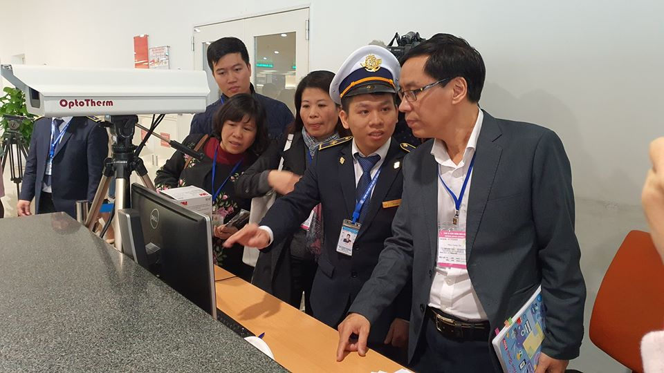 4 người tử vong do virus Corona ở Trung Quốc, Bộ Y tế kiểm tra Sân bay Nội Bài - 1