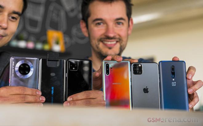 Doanh số smartphone năm nay sẽ thăng hạng - 1