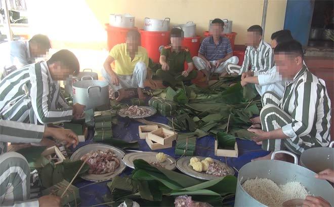 Bữa cơm tất niên nghẹn ngào trong trại giam ngày giáp Tết - 1