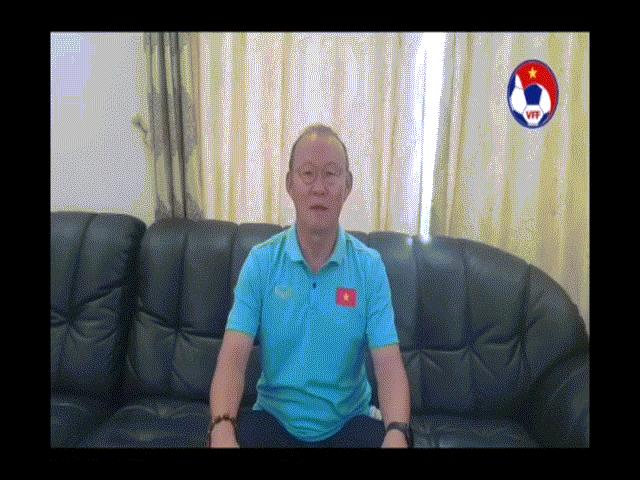Clip: HLV Park Hang Seo chúc Tết người hâm mộ bằng tiếng Việt