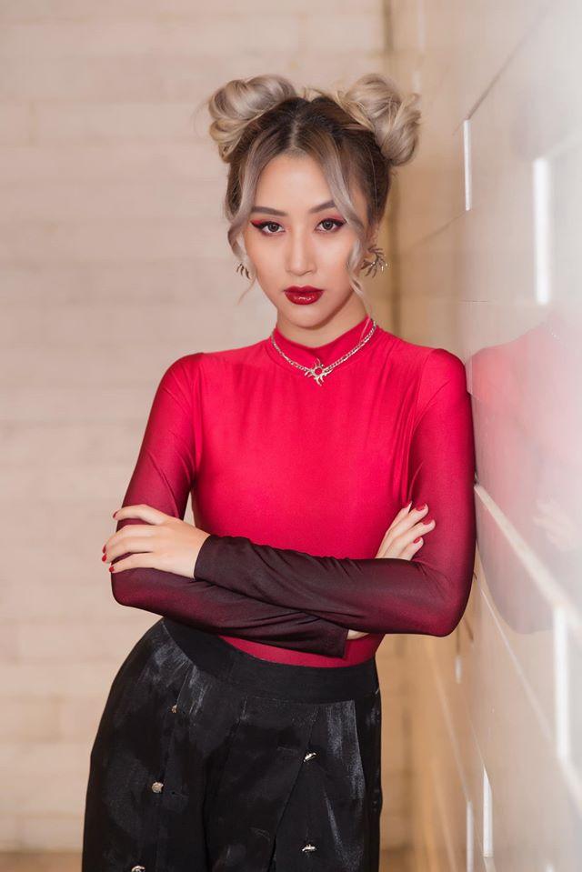 Dàn hot girl Việt sinh năm 1996: Người thay đổi style, kẻ bị lan truyền clip nóng - 1