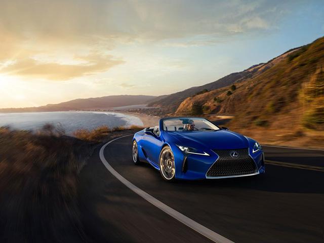 Lexus LC500 Convertible 2021 đầu tiên xuất xưởng, giá 48 tỷ đồng