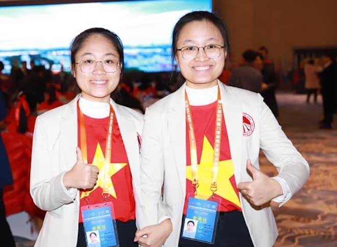 """Sau khi """"ẵm"""" 400 triệu, hai chị em gái vô địch siêu trí nhớ Việt Nam giờ ra sao? - 1"""