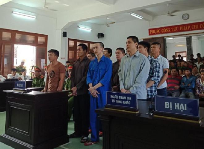 Hai án chung thân, chục án tù từ việc tranh chỗ buôn bán - 1