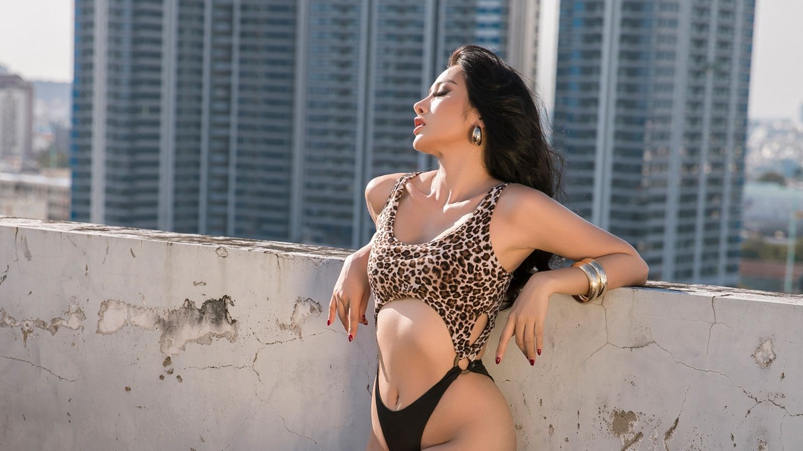 """Yaya Trương Nhi: """"Tôi có 1 năm im ắng để trau dồi bản thân và chăm mặc bikini"""" - 6"""