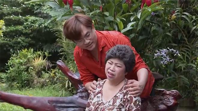 """MC Đại Nghĩa giúp mẹ thoát """"đau khớp cả người"""" nhờ cách này…. - 1"""
