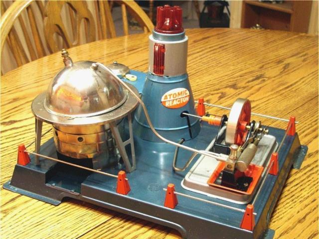 Bộ đồ chơi nguy hiểm nhất thế giới mô phỏng thí nghiệm hạt nhân
