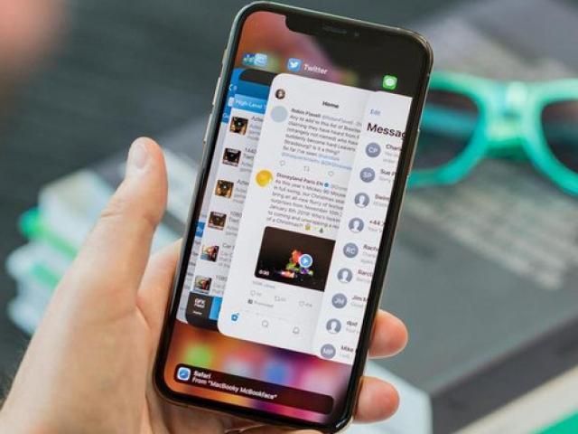 Cho những ai băn khoăn chọn iPhone 11 hay iPhone Xs Max với giá 20 triệu đồng