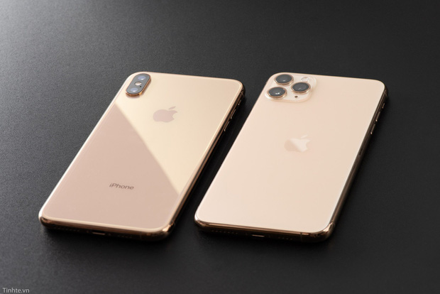 Cho những ai băn khoăn chọn iPhone 11 hay iPhone Xs Max với giá 20 triệu đồng - 1