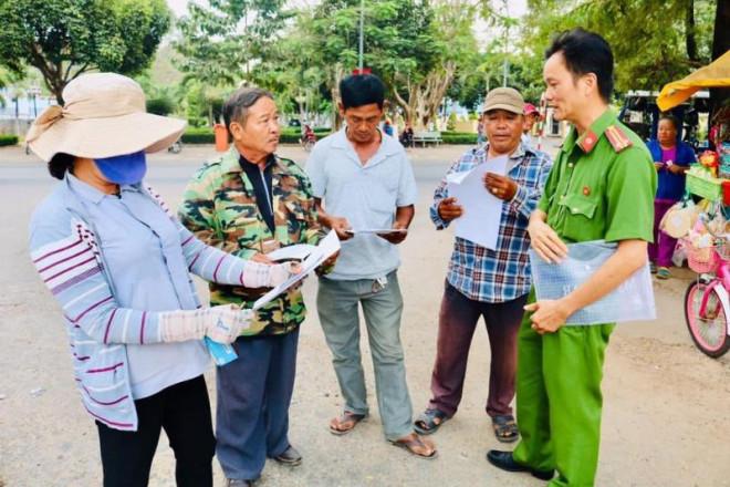 Bình Phước, Tây Ninh cảnh báo về kẻ giết người ở Củ Chi - 1