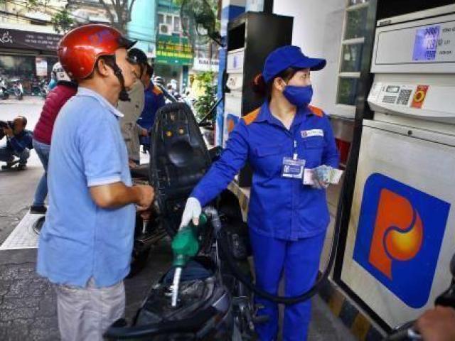 Giá xăng dầu chưa dứt đà giảm vì… Corona