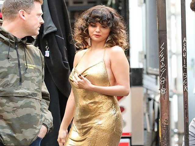 Selena Gomez thân hình phát tướng vẫn đẹp xuất sắc nhờ suy nghĩ tích cực