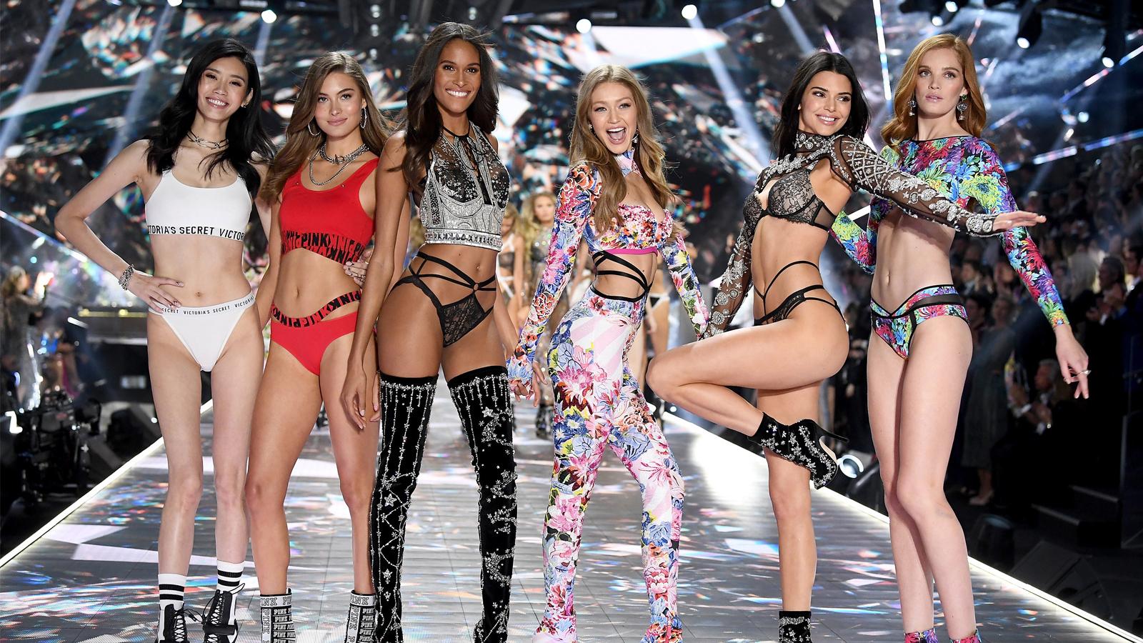 Nước mắt thiên thần nội y: Victoria's Secret bại vì giám đốc quấy rối người mẫu - 1