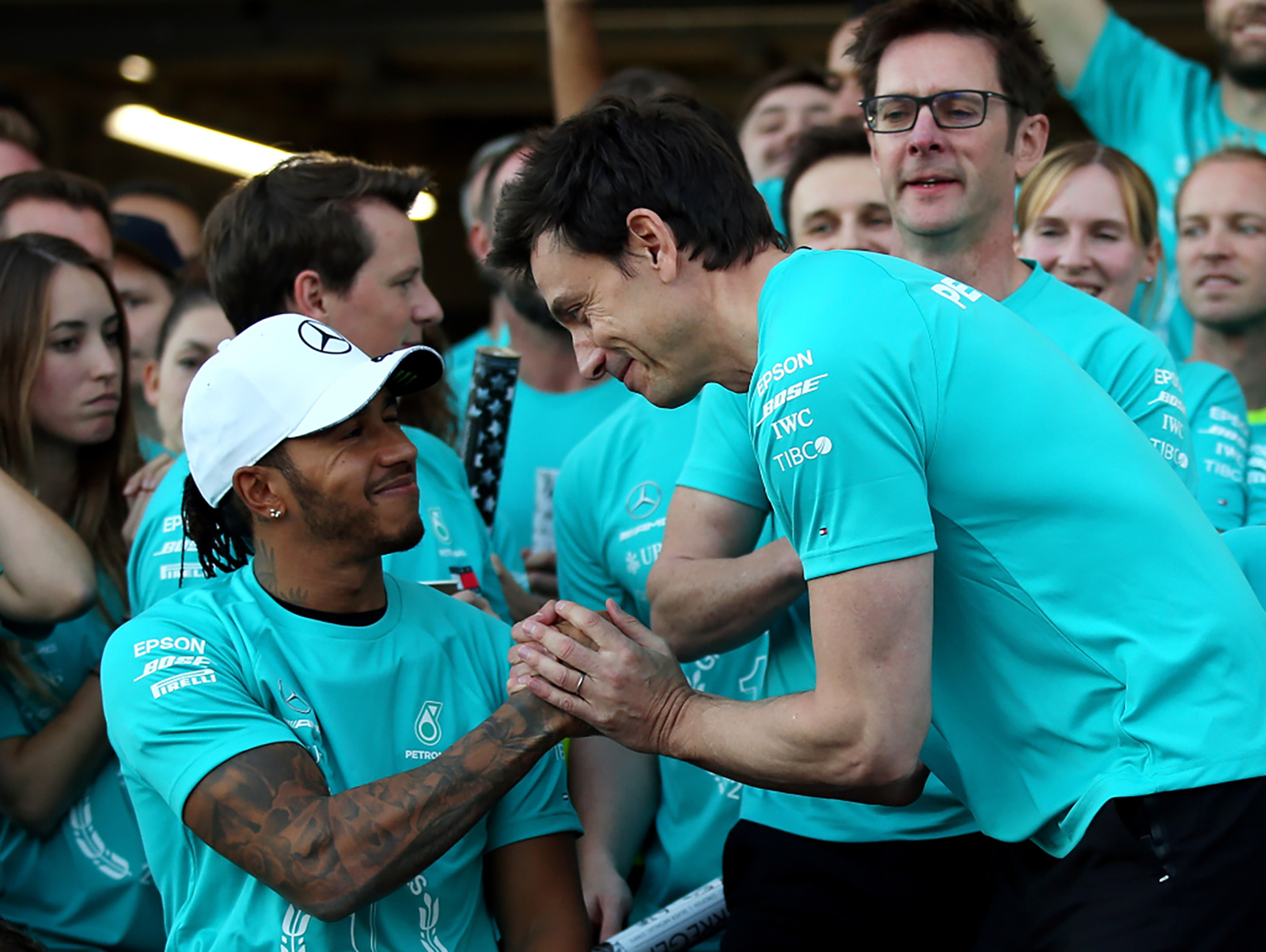 """Đua xe F1: Mercedes tìm """"người kế nhiệm"""" Hamilton hay sẽ rời cuộc chơi sớm? - 1"""