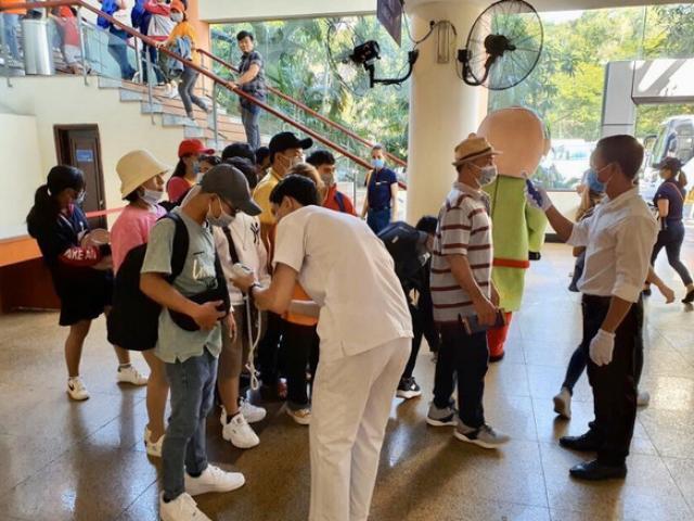 Dịch Corona khiến khách Trung Quốc  tại chuỗi resort hàng đầu Việt Nam giảm 95%