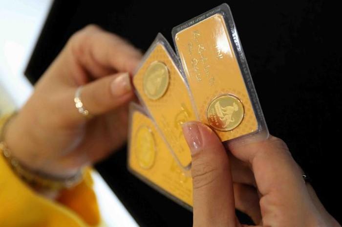 Giá vàng hôm nay 6/2: Dịch Corona diễn biến khó lường, vàng có cửa phục hồi? - 1