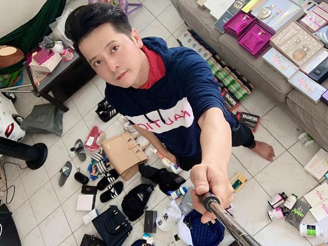 Bất ngờ với cuộc sống sao Việt tại Mỹ: Người bán quần áo sale, kẻ phải đi trộm tiền - 15