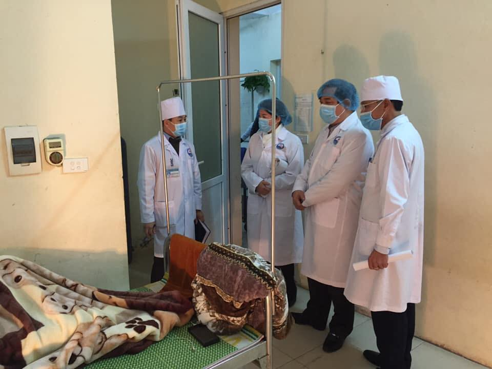 Bộ Y tế công bố trường hợp thứ 14 dương tính với virus Corona tại Việt Nam - 1
