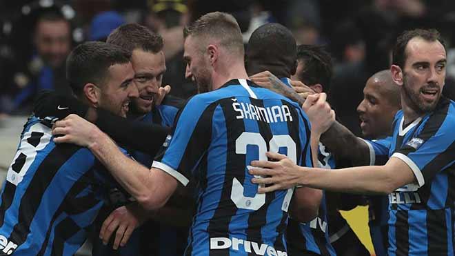 Nghẹt thở vô địch Serie A: Inter – Juventus bằng điểm, vẫn có thể mất ngôi - 1