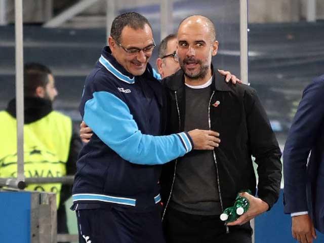 """Juventus chơi lớn: Đề nghị """"khủng"""" mời Pep dẫn dắt Ronaldo, Sarri dễ mất ghế"""