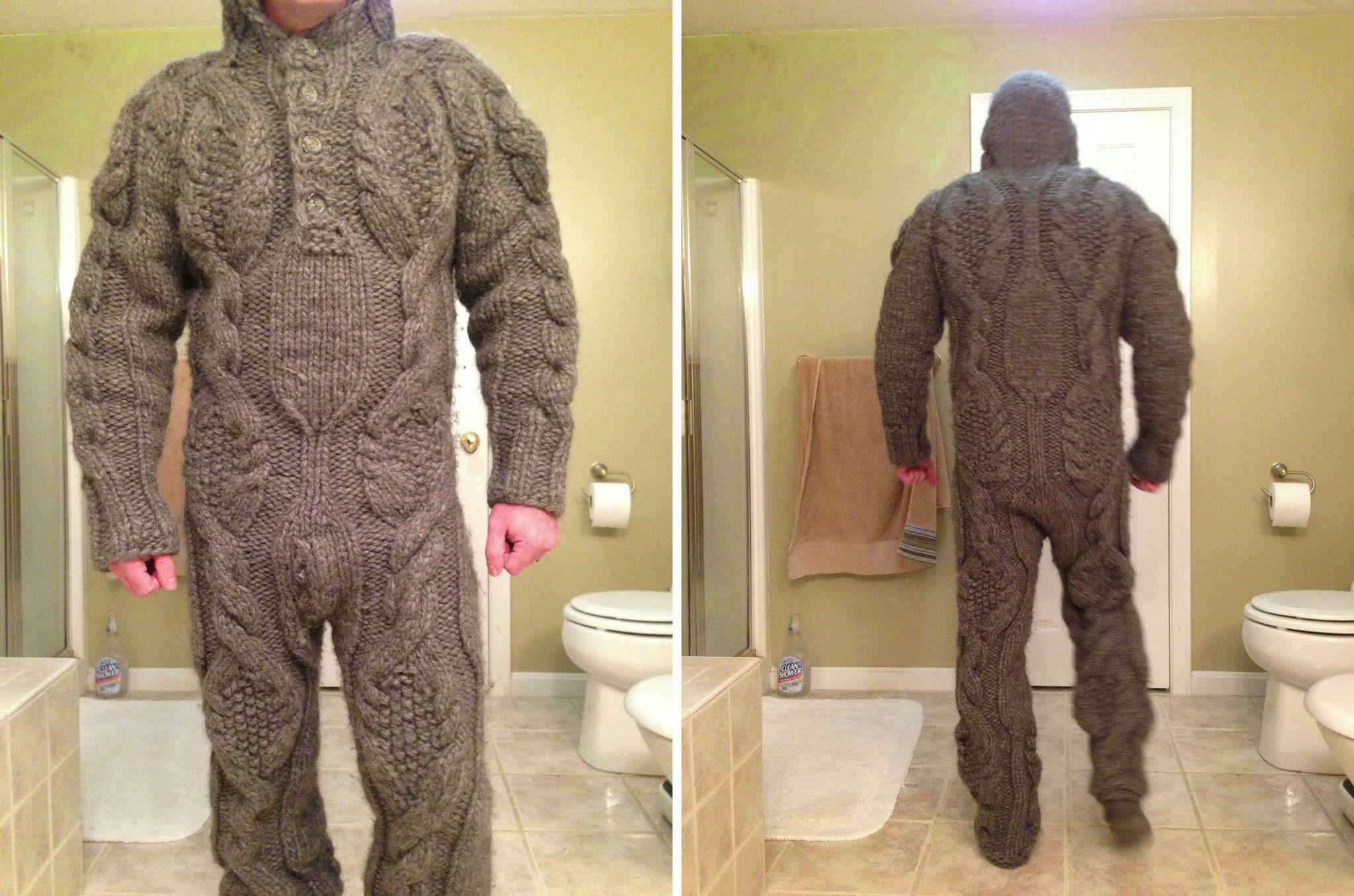 Bạn gái dành nửa năm đan đồ mặc Tết từ 5kg len khiến chàng trai khóc thét - 1