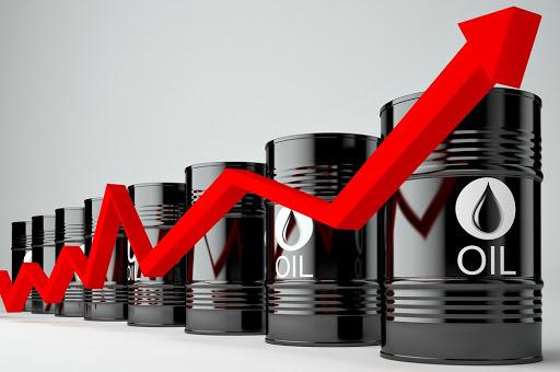 Giá xăng dầu bất ngờ quay đầu tăng mạnh sau thông tin mới về dịch Corona - 1