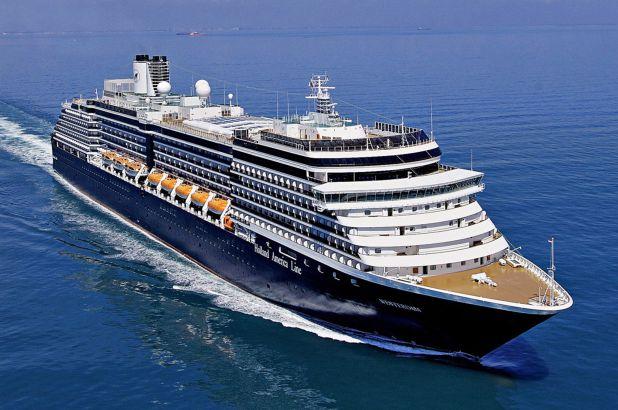 """Du thuyền """"bị hắt hủi"""" nhất thế giới vì virus Corona cuối cùng đã tìm được bến đỗ - 1"""