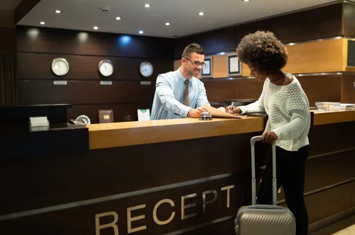Kinh nghiệm từ các chuyên gia du lịch: Đâu là thời điểm tuyệt vời nhất để đặt khách sạn giá rẻ? - 1