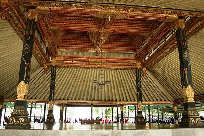 Những cung điện cổ xưa đẹp nhất Indonesia - 1