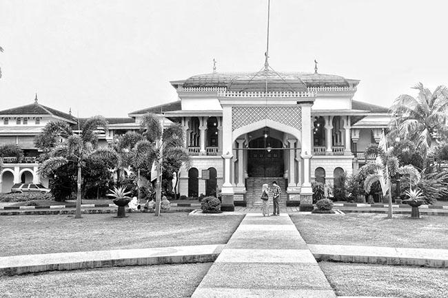 Những cung điện cổ xưa đẹp nhất Indonesia - 4