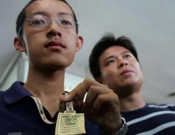 Thần đồng Toán học từ chối đại học danh tiếng ở Mỹ để trở thành nhà sư - 1