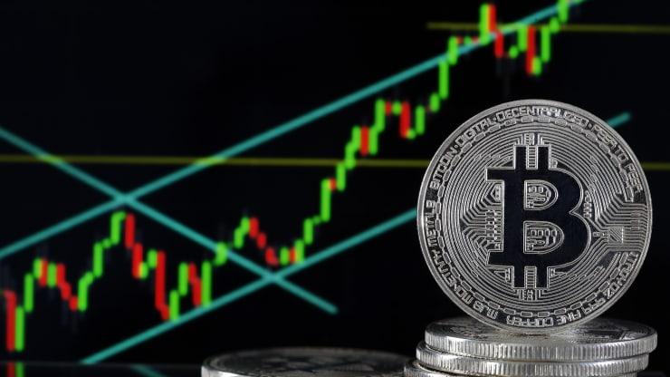 Bitcoin liên tục tăng sốc, tiền điện tử sẽ ra sao trong năm 2020? - 1
