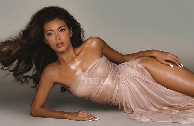 Sau pha chỉnh váy, Minh Tú có được bức hình đẹp cuốn hút dưới ống kính của nhiếp ảnh gia Tee Lee.