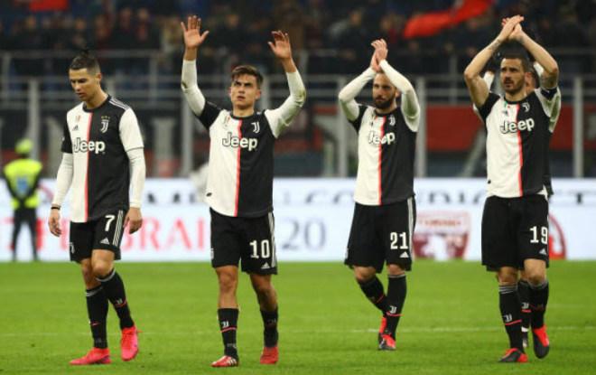 Video highlight trận AC Milan - Juventus: Thẻ đỏ, penalty & người hùng Ronaldo phút 90+1 - 1