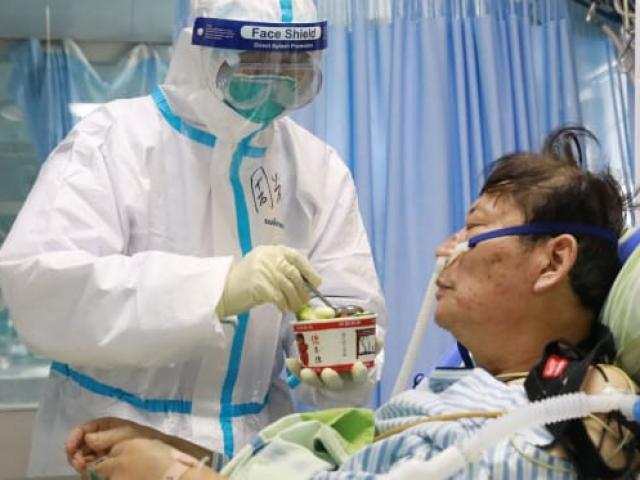Vì sao có tới hơn 1.700 nhân viên y tế nhiễm virus Corona ở TQ?