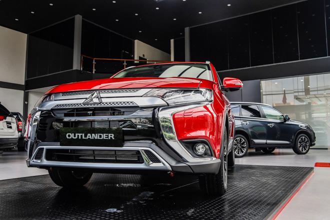 Mitsubishi Outlander 2020 ra mắt thị trường Việt, giá từ 825 triệu đồng - 1