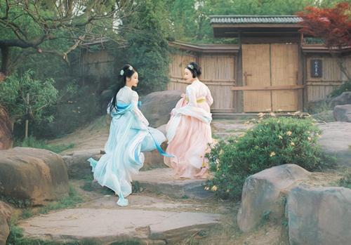 Kỳ thú tục mang theo gối khi hẹn hò, tư tình của thiếu nữ thời xưa - 1