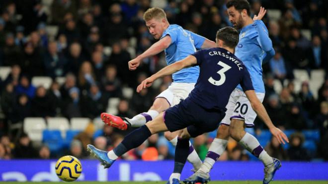 """Video highlight trận Man City - West Ham: Siêu sao tỏa sáng, công phá """"tường thép"""" - 1"""