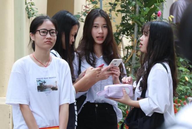 40.000 học sinh Hà Nội trượt suất học lớp 10 công lập năm nay sẽ đi đâu? - 1