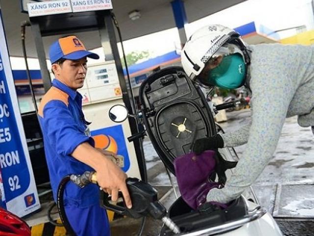 COVID-19 được khống chế, giá xăng dầu ngày 21/2 đạt đỉnh một tháng
